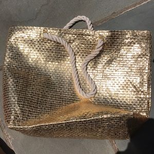 Silver and gold totes